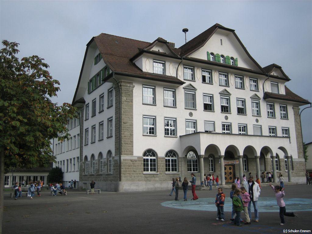 Schulhaus Emmen Eröffnung 1919