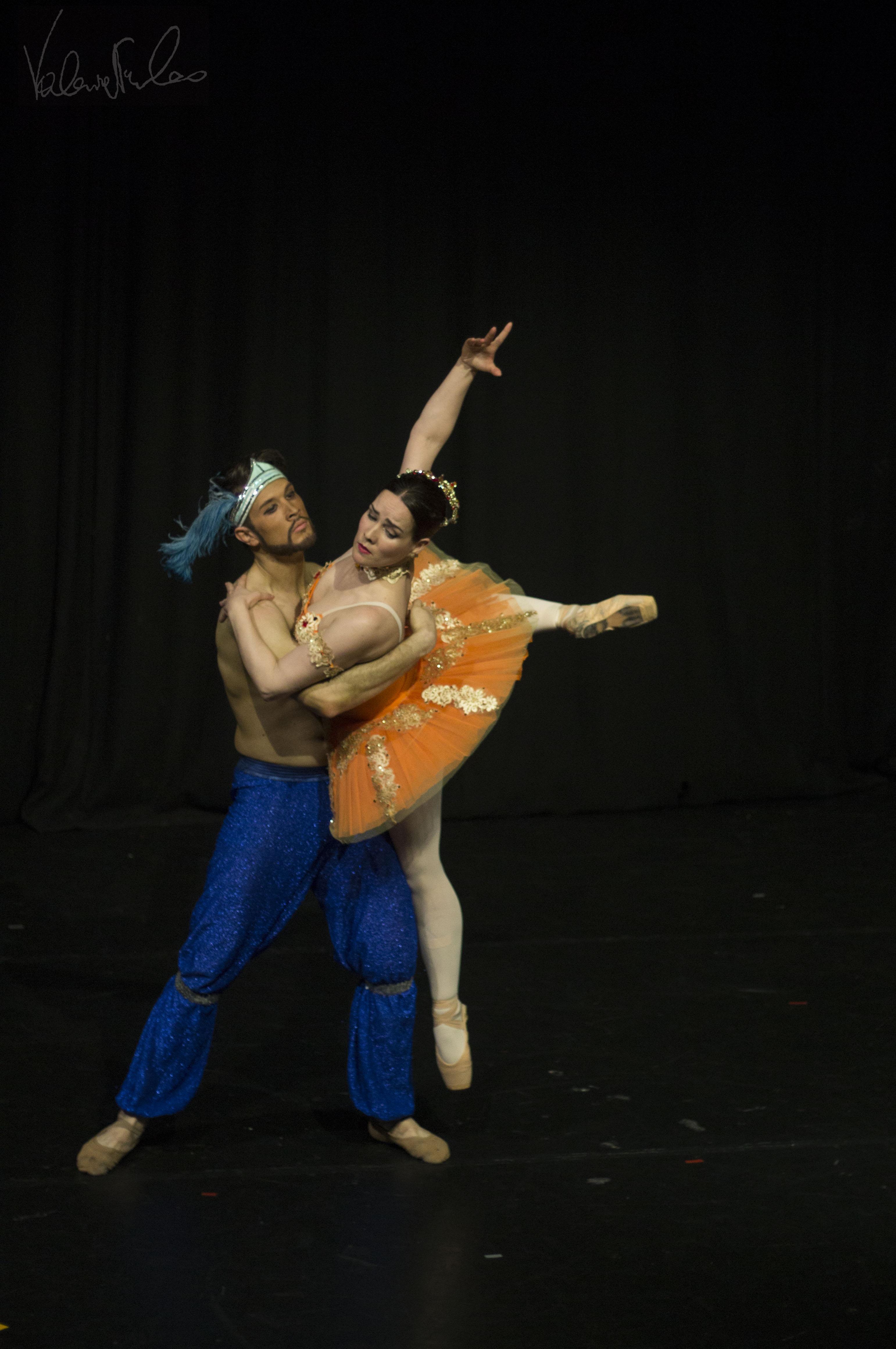 Les Corsaire ballet, Pas de deux