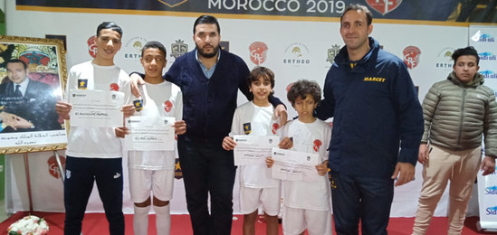 La photo des gagnants du Marcet Soccer camp, invité a l'academie à Barcelone pour des stages de haute performance avec FOOTBOLEROS