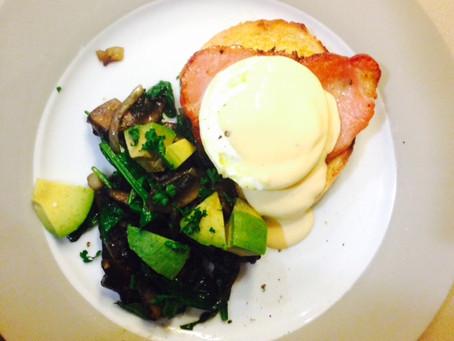 Keto Eggs Benedict with Mushroom Side