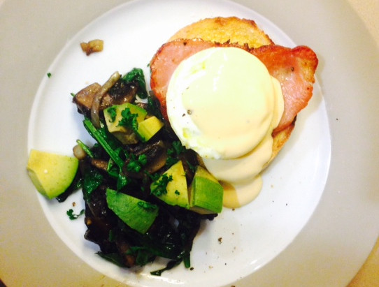 Keto Eggs Benedict with Mushroom Side