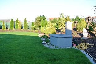 Wassertrob Brunnen Wasserauslauf Abensberg Fabian Tuscher garten mit pep