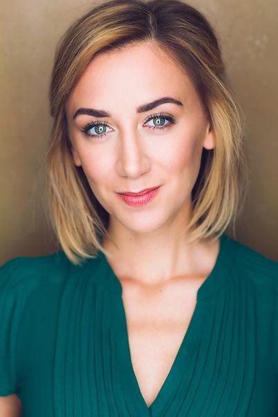 Sarah Keyes Headshot