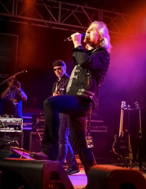Bilder vom Brienzer Rockfestival 2016