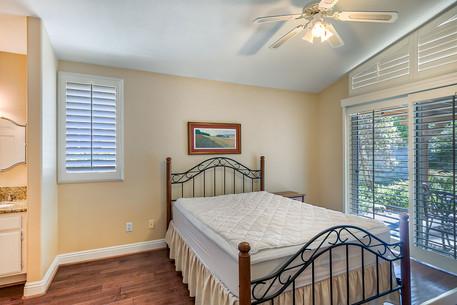 13 Master Bedroom 1.jpg