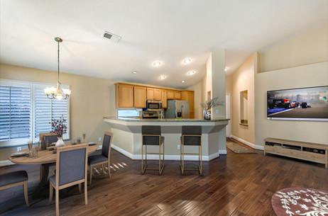 07 Livingroom 2.scene.jpg