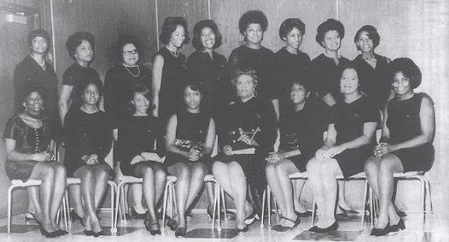 Chapter Founders Photo.jpg