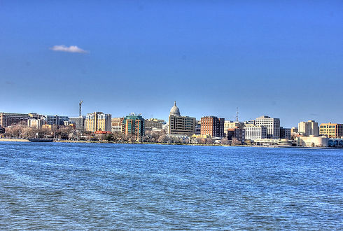 1280px-Gfp-madison-painterly-skyline.jpg