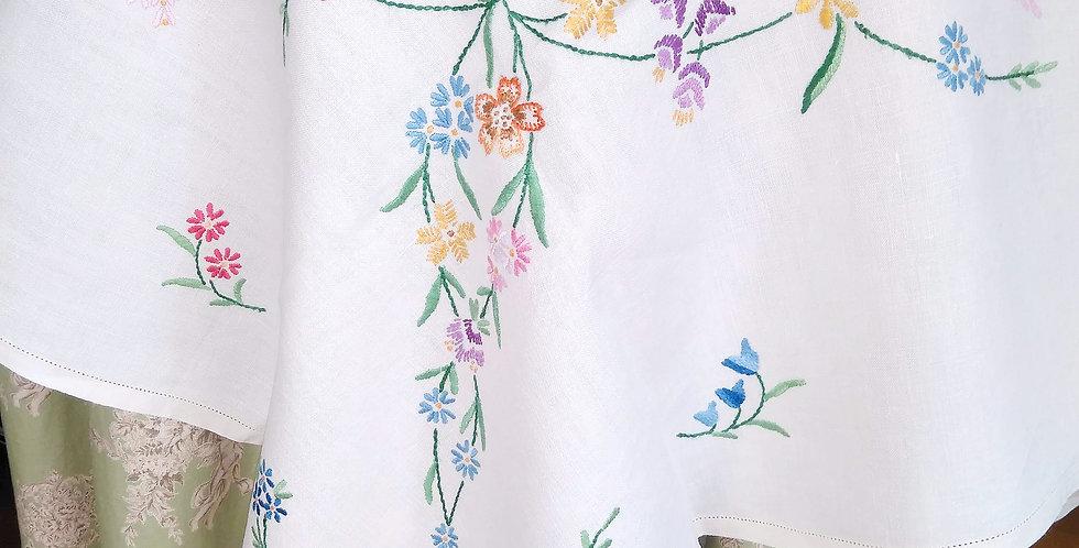 L017 ヴィンテージ刺繍テーブルクロス