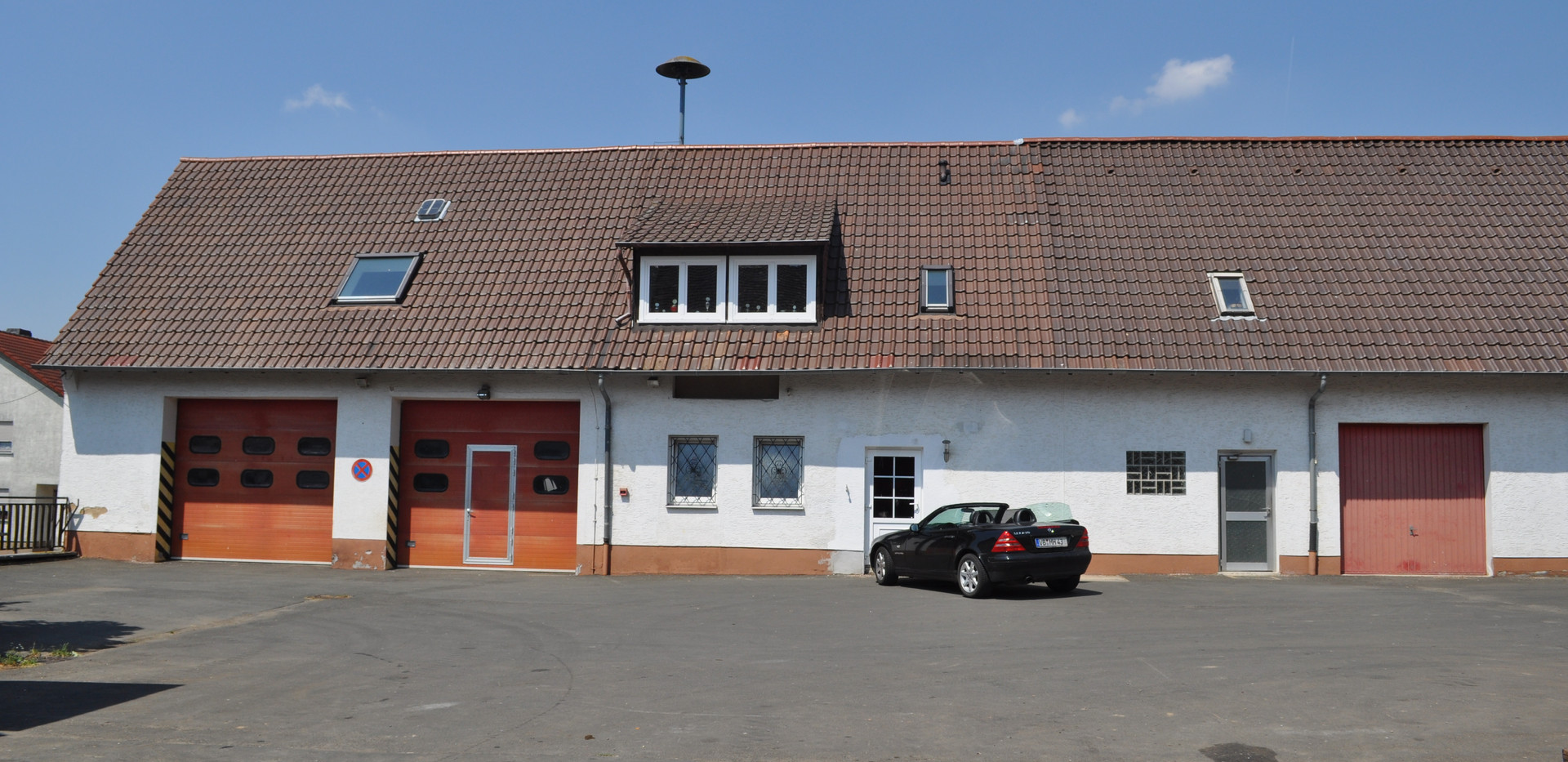 Fahrzeughalle 1 und 2