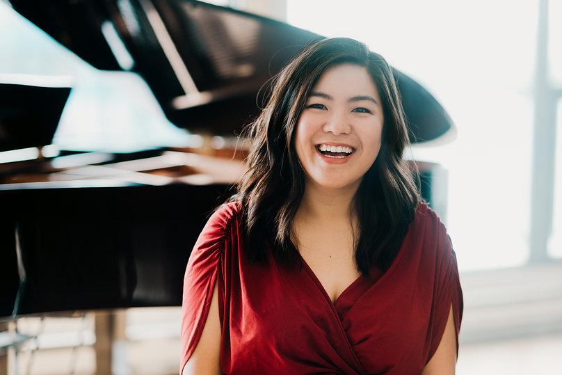 Toronto accompanist collaborative pianist piano teacher Deborah Hui