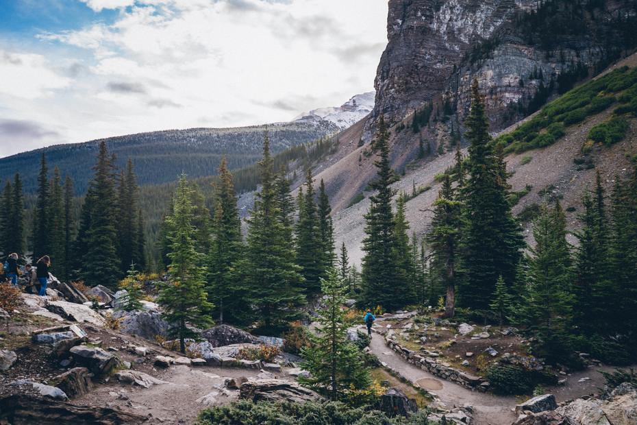 The Climb (Morain Lake)