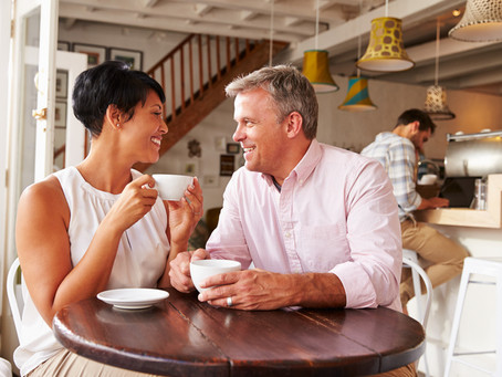 5 Conversation Tips for a First Online Date