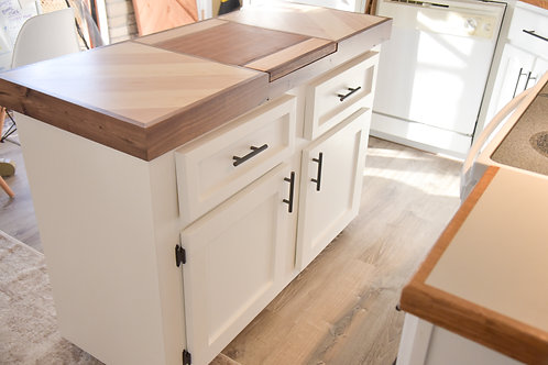 Kitchen Island - Built-in Removable Cutting Board