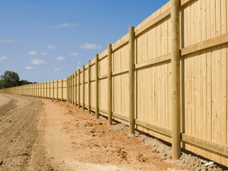 Shelton, CT Fence Company | Vinyl, Cedar, Aluminum, Chainlink | Fence Contractor in Shelton