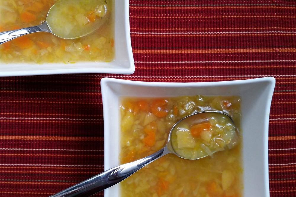 Soupe aux légumes et navets écrasés