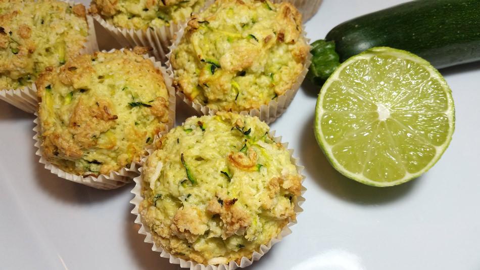 Muffins à la lime, noix de coco et courgettes