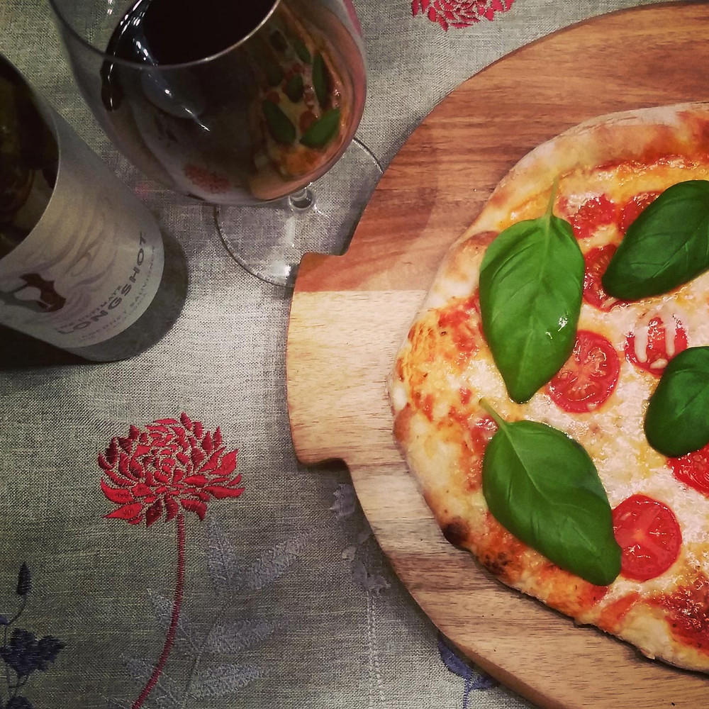 Le basilic frais, un incontournable pour la pizza Margherita