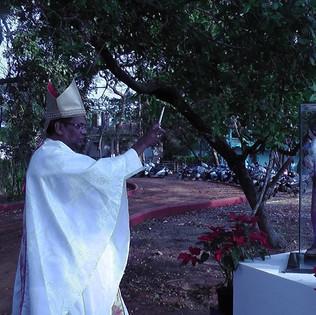 Blessing by the Bishop of Sawanthwadi.jp