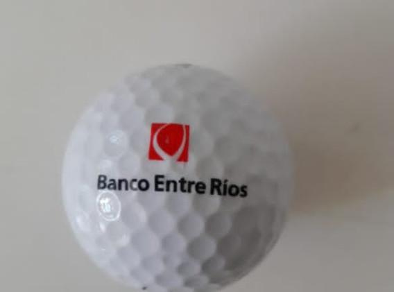 Banco Entre Rios pelotas golf.jpg