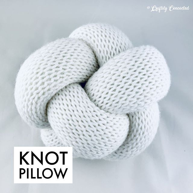 Knot pillows on repeat! 🤩 Knot pillows