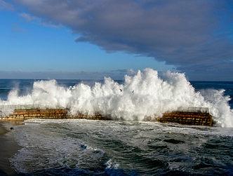 La Jolla Storm Surf