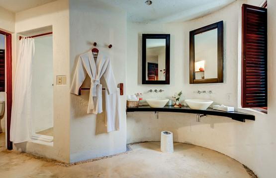 Maya Luxe Casa del Agua