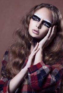 Photographer: Noah Nash Model: Lyndsay Smith HMUA: Stirling Gill
