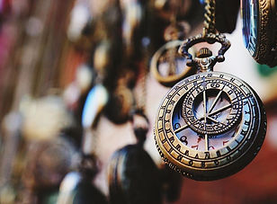 close-up-of-antique-pocket-watch-5771509