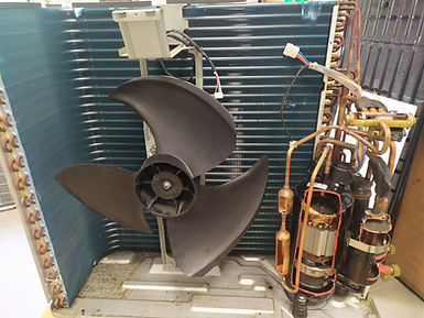 Pohled dovnitř tepelného čerpadla