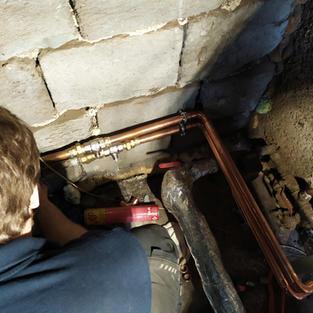 Pájení trubek otopné soustavy k tepelnému čerpadlu