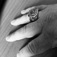 Molon Labe Ring on Customer Hand