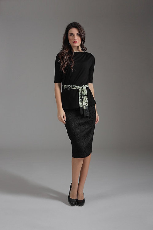 Black Pencil Skirt Conquista