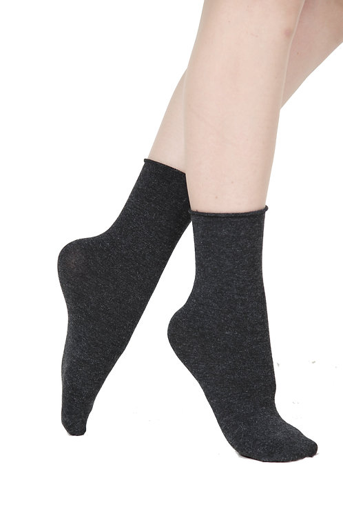 ELENA dark grey socks containing silk