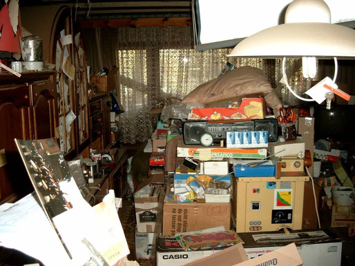 How To Declutter A Hoarder's Home