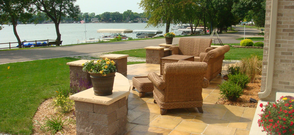 Landscape Tiles with Seat Walls