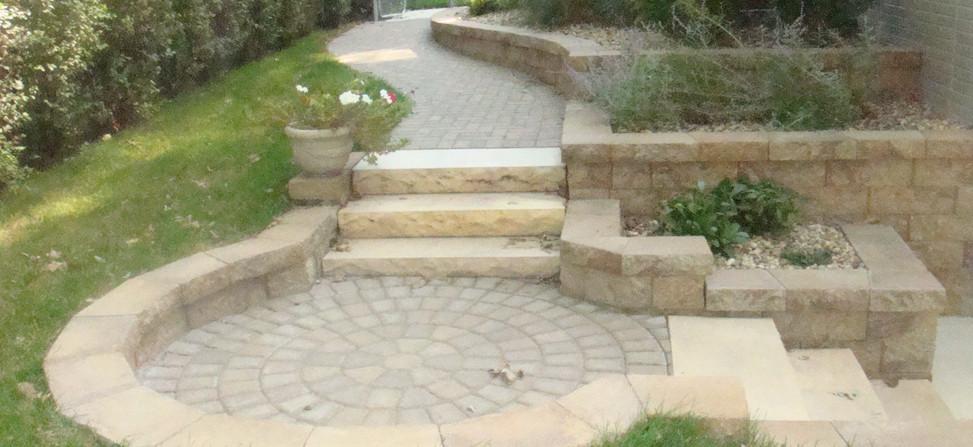 Chiseled Steps and Lamont Pavers