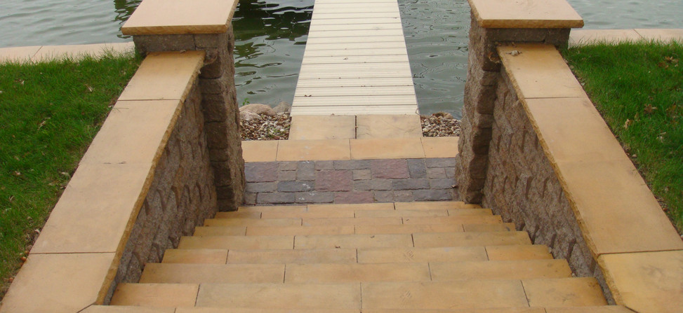 Chiseled Pillars and Seat Wall Caps
