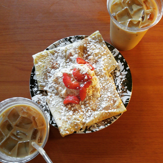 Deville Coffee House and Creperie