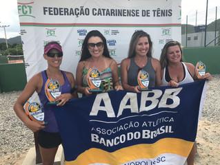 Atletas de Beach Tennis da AABB são destaques