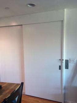 sliding entrance door (closed)