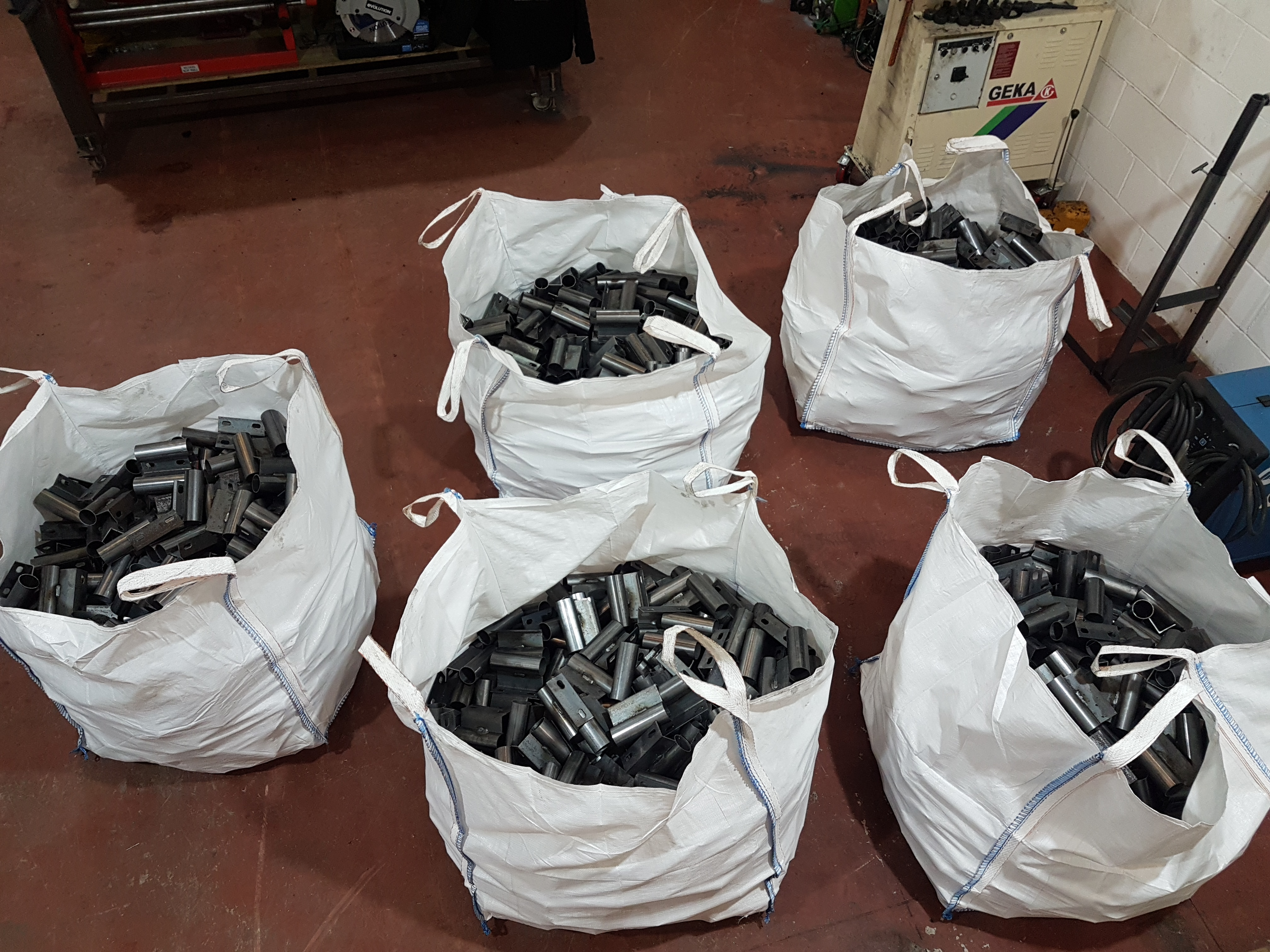 2000 Sockets