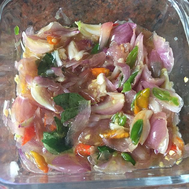 3012c4d2d1 Kappa (Boiled Tapioca)with Ulli Mulaku Chaalichathu (Shallots and Green  Chilli Chutney)