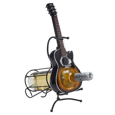 מעמד יין בצורת גיטרה