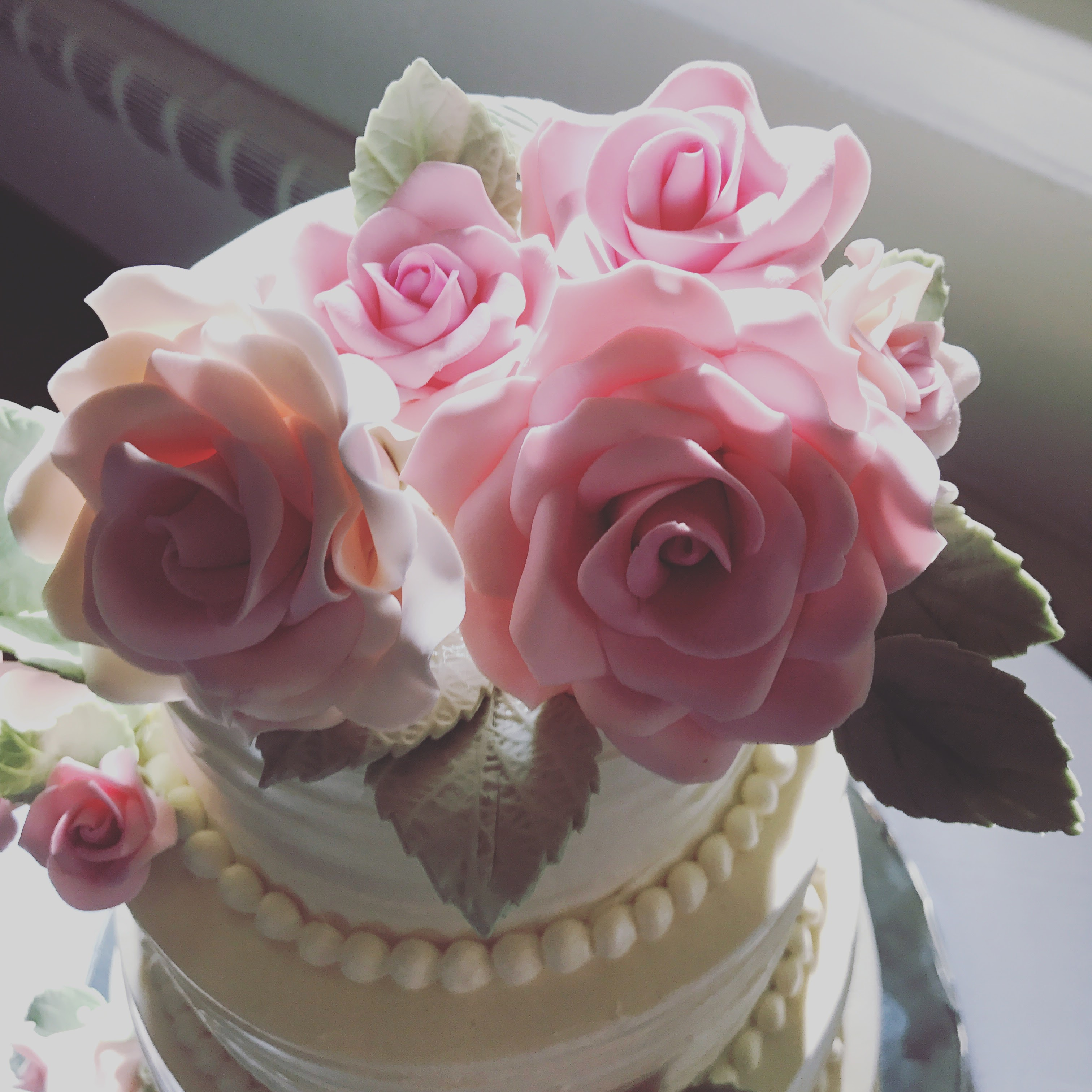 Sugarpaste Roses from L & D