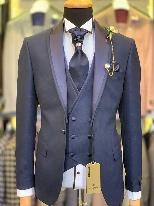 Мужской костюм смокинг темно-синего цвета