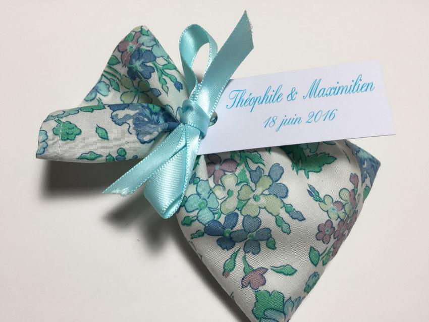 Popeline coton fleurs bleues