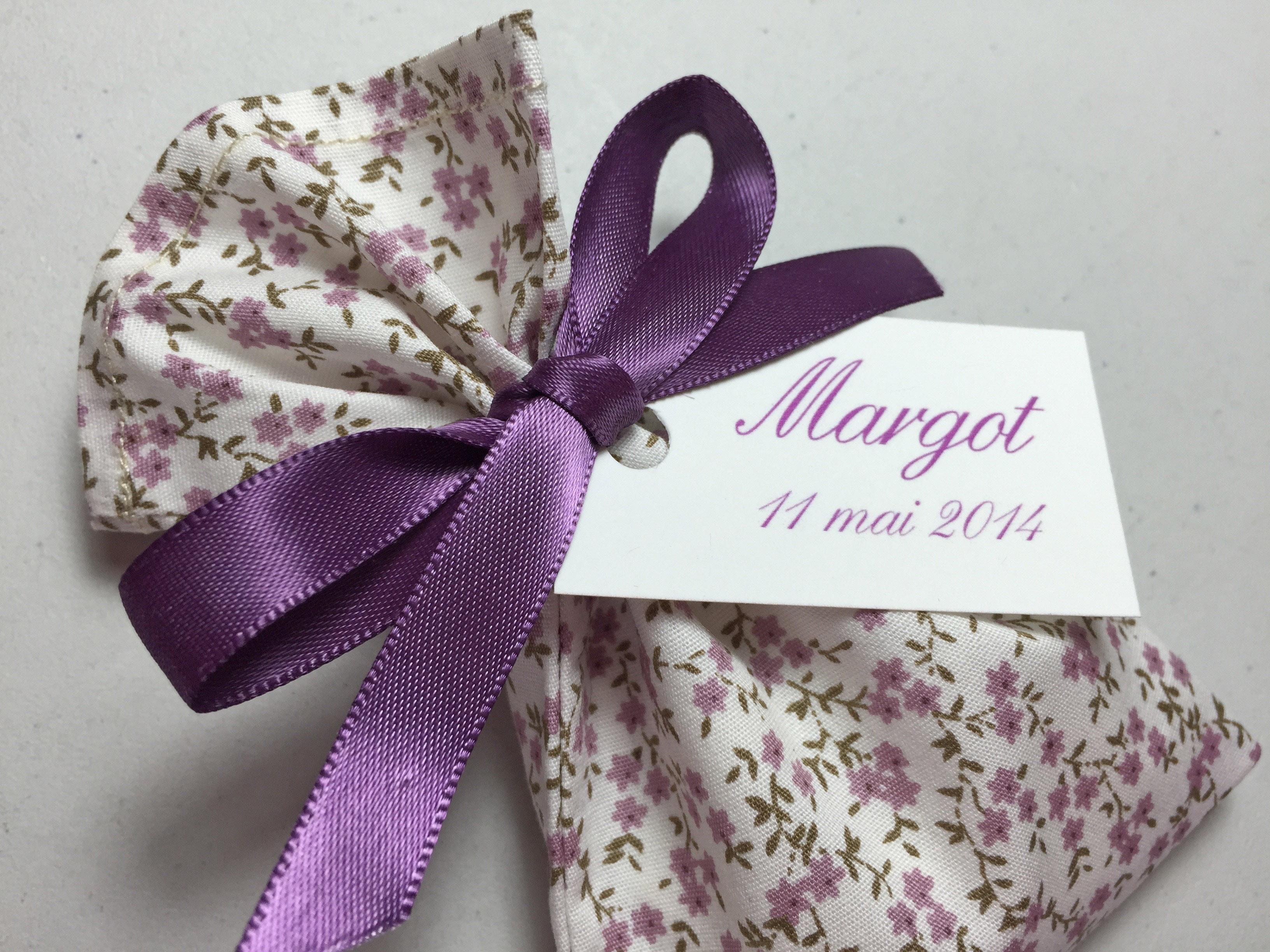 Semis fleurs violettes