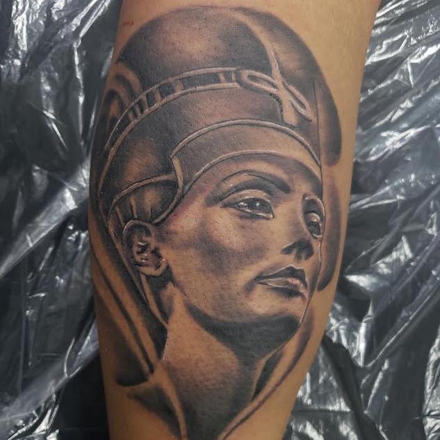 Nubien queen by Defense