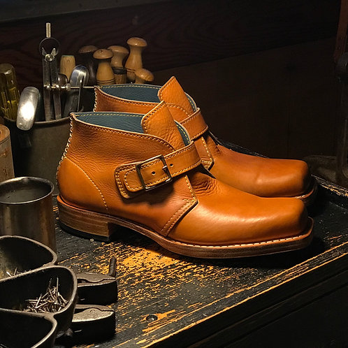 BEATNiK monk-boot